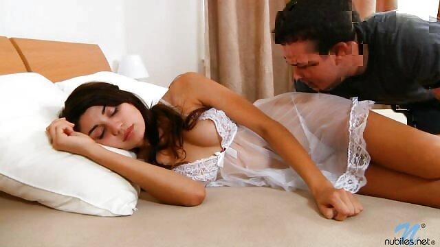 コックによって口から落ちる金髪bitch 女性 用 セックス 動画